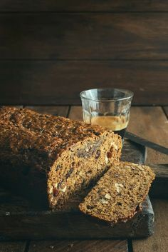 Old-Fashioned Date, Bran & Walnut Loaf: From the Kitchen