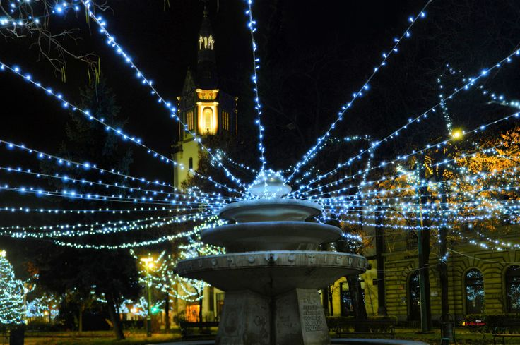 Before Christmas in my city, downtown - The Fontana, Kiskunfélegyháza, Hungary, Nikon Coolpix L310, 12.6mm, 1s, ISO80, f/4, panorama mode: segment 6, HDR photography, 201712030713