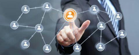 Un'attività di network marketing non è una buona attività per le persone avide. E' volutamente un'attività perfetta per persone a cui piace aiutare gli altri. In altri termini, l'unico modo per far funzionare un'attività di network marketing è aiutare qualcun altro a diventare ricco mentre ti arricchisci personalmente. Contattami su www.orazio73.dxnitaly.com e chiedimi come!
