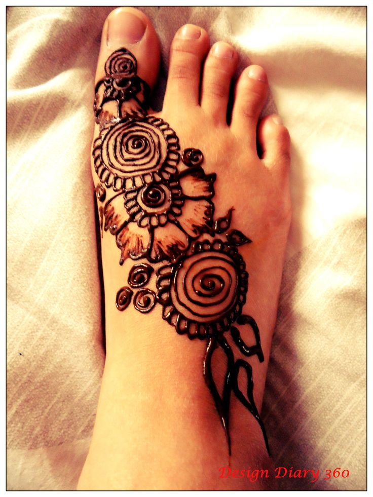 Simple Mehndi Tutorials : Easy henna designs tutorial makedes