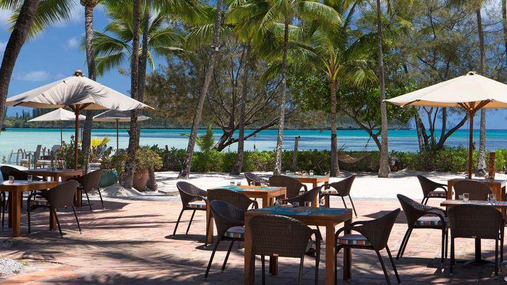 Le Meridien Ile Des Pins - La Pirogue Restaurant terrace