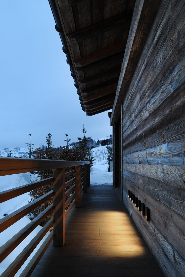 ski chalet in France with Kreon lighting with Rokko Outdoor