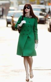 De Chinelo e Moletom: O Looks de Anne Hathaway em : O Diabo Veste Prada.