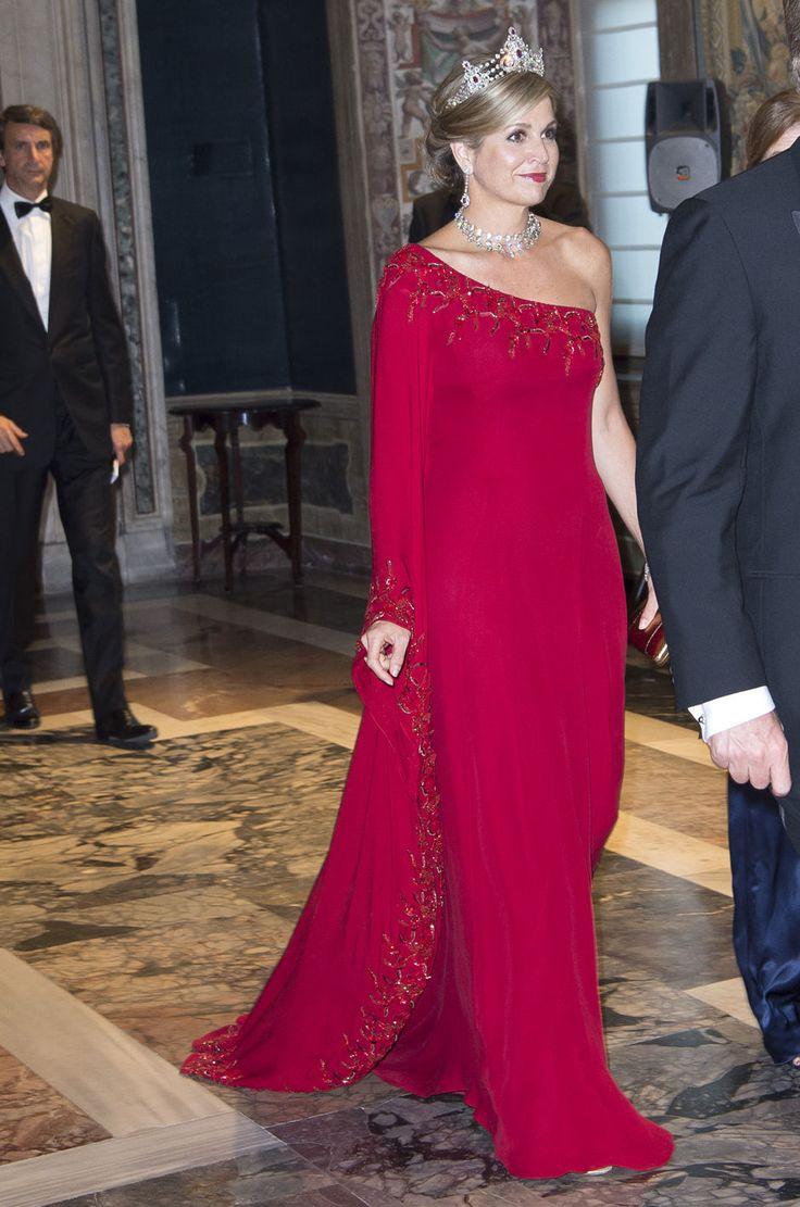 King Willem-Alexander of The Netherlands and Queen Maxima of The Netherlands attend the official state banquet hosted by President Sergio Mattarella of Italy and his daughter Laura Mattarella at the Palazzo del Quirinale on the first day of their royal state visit to Italy on June 20, 2017 in Rome, Italy.