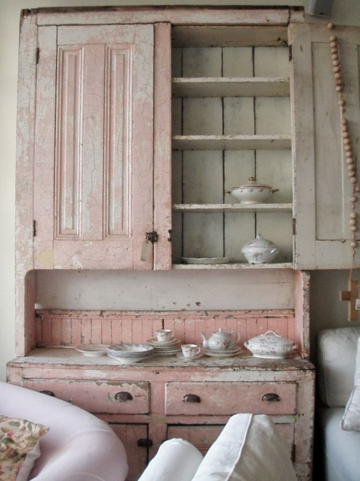 pretty pink cupboard...: