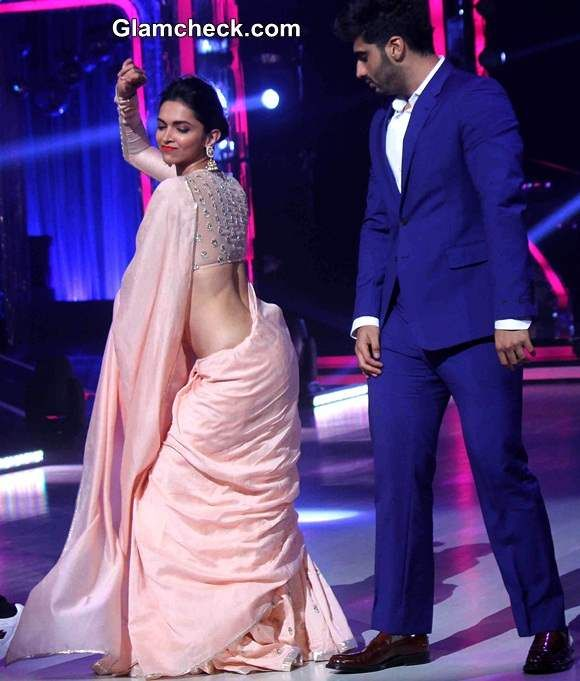 Deepika Padukone in light Peach Saree on Jhalak Dikhhla Jaa Season 7