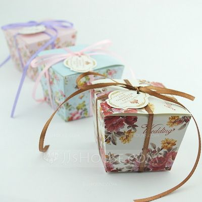 Floral Design Cuboid Favor Boxes With Ribbons (Set of 12) (050032971)