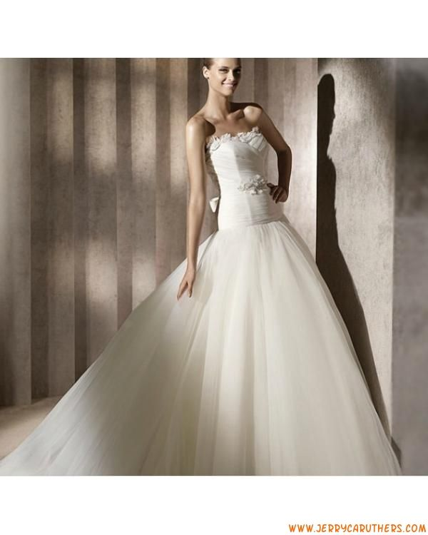 klassieke strapless prinses tule bruidsjurk kapel trein