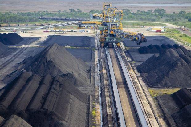 Push to ban new coal mines makes strange allies