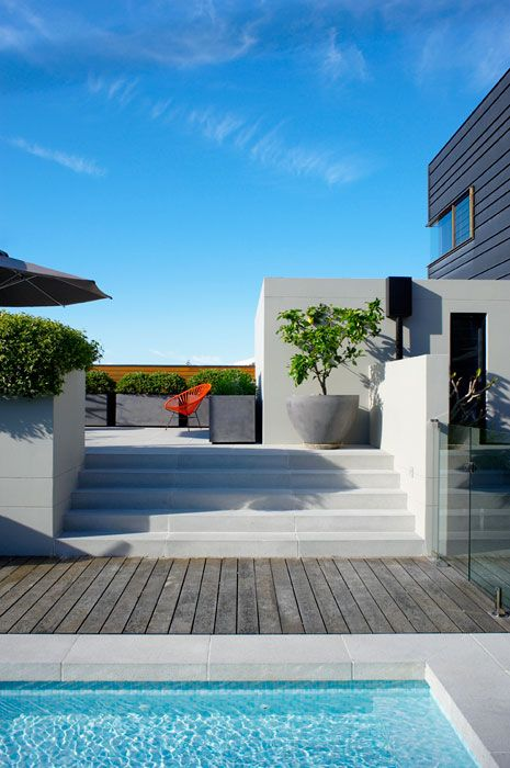 beautiful and clean ivory stairsDreams Home, Secret Gardens, Dreams House, Wood Decks, Landscapes Design, Outdoor Area, Outdoor Pools, Backyards, Concrete Planters
