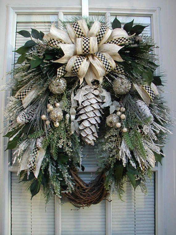 Oval Winter Front Door Wreath Christmas