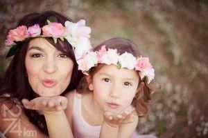 sesión de fotos en familia primavera en almendros en flor barcelona (17)