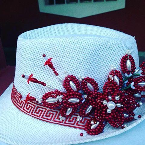 Oltre 1000 idee su sombreros paname os su pinterest - Decoracion de sombreros ...
