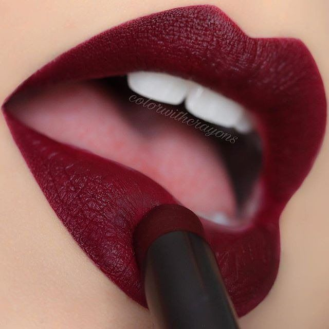 Makeup Geek Iconic Lipstick Risque Colorwithcrayons Wearing This Velvet Matte Crimson Lippy Makeup Geek Makeup Geek Cosmetics Lipstick