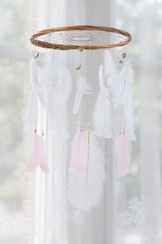Perzik grijs en wit Boho Baby Mobile Blush roze door HippiebyViki