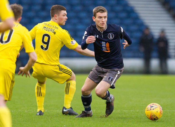 Queen's Park's Gregor Fotheringham in action during the SPFL League One game between Queen's Park and Ayr United.