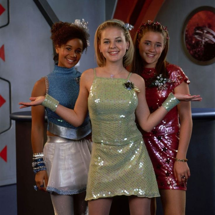 11 Outdated Disney Channel Original Movie Outfits That We Once Adored — PHOTOS