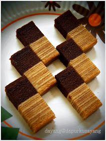 Kek lapis yg menggunakan tepung hongkong agak jauh bezanya dgn yg menggunakan tepung gandum biasa. Tekstur kek jd lebih halus, lembut da...