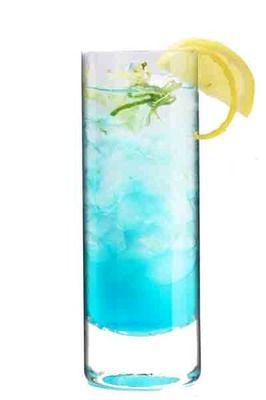 Limonada eléctrica. Un refrescante cóctel para hacer en casa.
