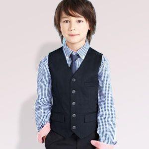 Good outfit for a #pageboy - via Bride vs Groom.