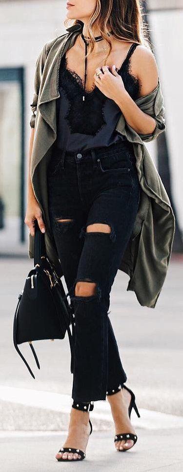 Army Jacket // Destroyed Jeans // Black Sandals // Black Top                                                                             Source