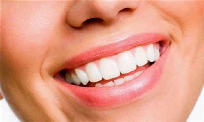 Θέλεις λευκά δόντια; Φτιάξε το πιο εύκολο λευκαντικό  #Υγεία