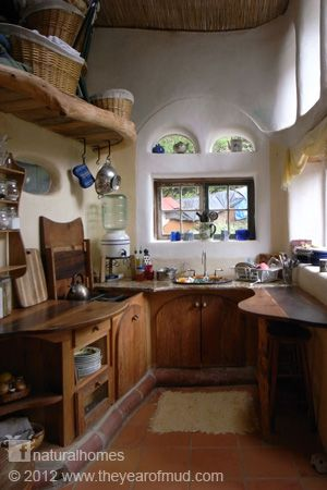 This is the kitchen in Ianto and Linda's beautiful cob home in Oregon, USA. You can see more of their home and watch an interview with Ianto here www.naturalhomes.org/cobcottage.htm