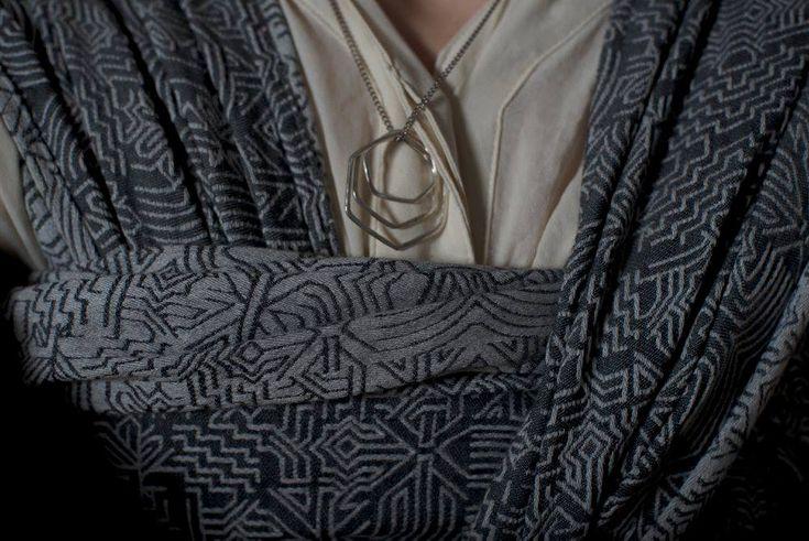 Hubertine Joséphine B. Dans la brume Wrap (merino, mulberry silk)