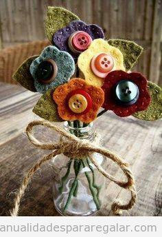Manualidades regalar, ramo de flores de fieltro