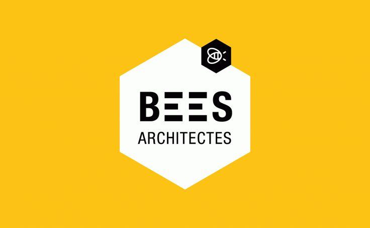 Création de l'identité visuelle d'une agence d'architectes spécialisée en développement durable.  L'abeille concilie  parfaitement la question de l'architecture à celle du développement durable ! L'hexagone s'impose donc comme élément fondateur de cette identité visuelle. Il est tour à tour l'alvéole de la ruche ou bien un cube vu en perspective…  http://www.grapheine.com/portfolio/bees-architectes