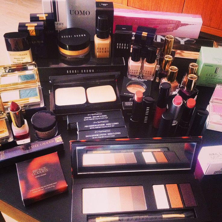 It's that time of the year again.. Mac Cosmetics, Bobbi Brown, Estee Lauder and Clinique are my favorites.