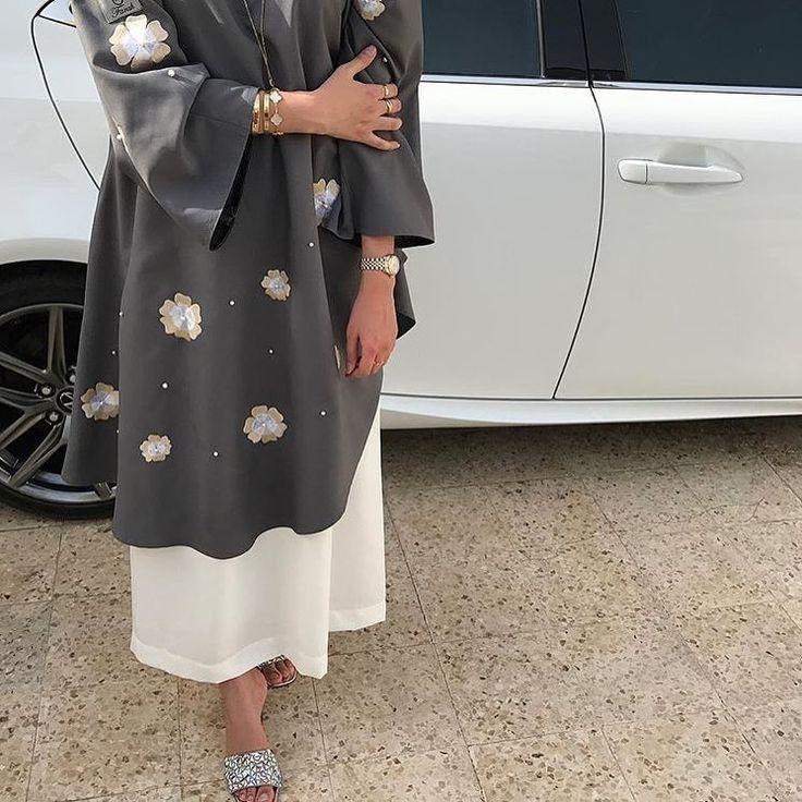 IG: Des_Farah_    IG: BeautiifulinBlack    Abaya Fashion   