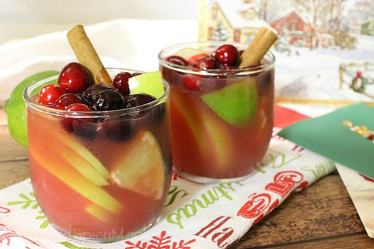 Cranberry Apple Mulled Wine