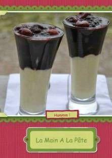 Compote gélifiée de fruits rouges sur crème vanillé
