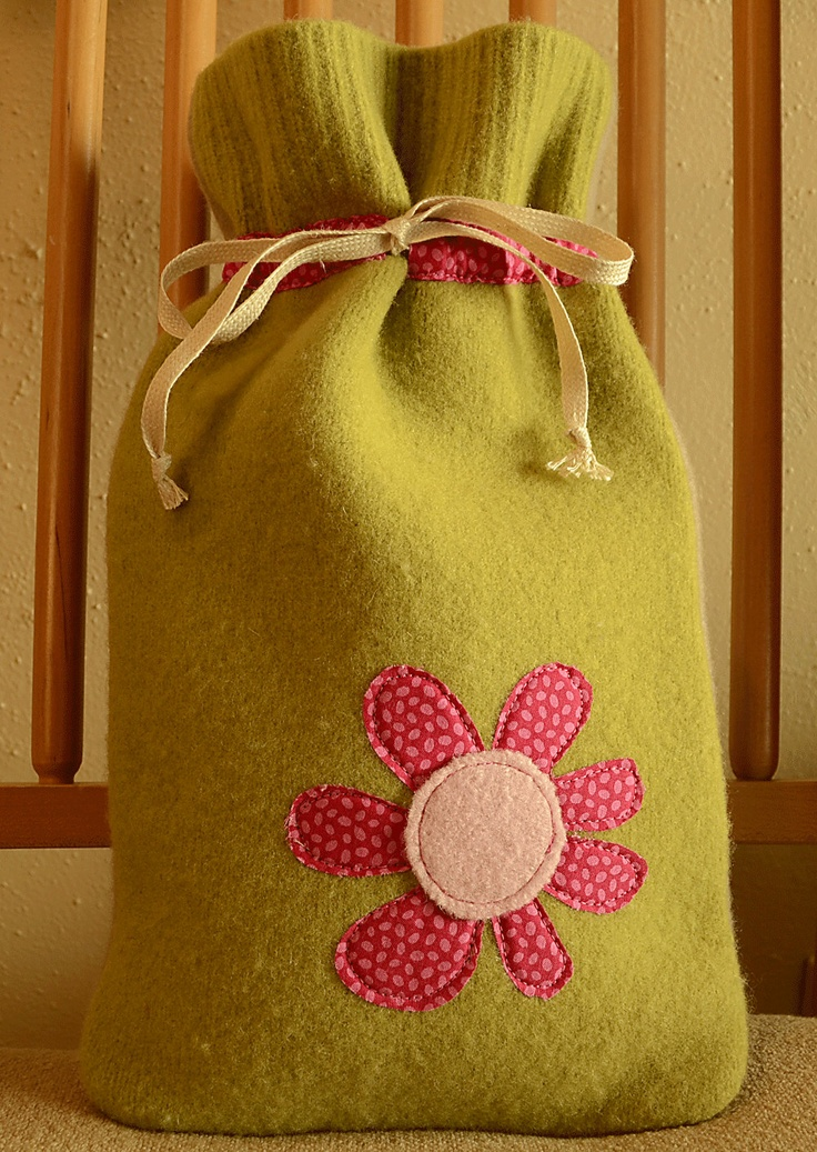 Hot water bottle cover in lime green felted wool with by ecocozy,  Felted wool, soft and cute!!!!