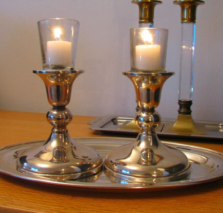 Shabbat candles - Wikipedia the free encyclopedia & The 25+ best Shabbat candle lighting times ideas on Pinterest ... azcodes.com