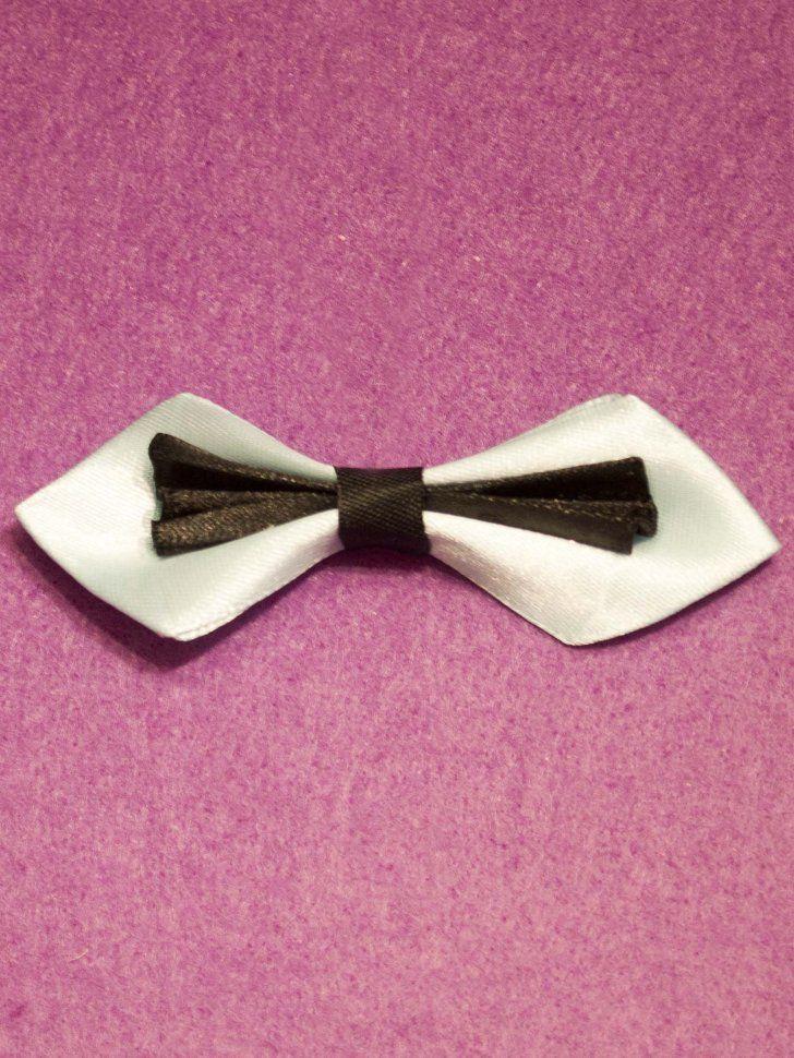 Брошь галстук-бабочка атласная бело-черная