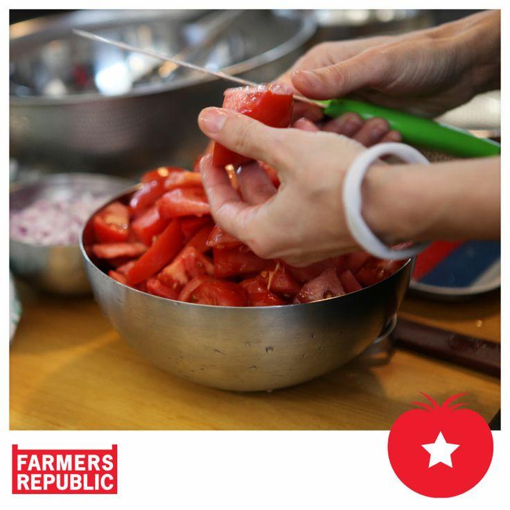 #FarmersRepublic, #Οργάνωση Γη –Κέντρο της Γης, #Twominutesangie, #κουζίνα, #μαγειρική, #φρούτα, #λαχανικά, #Farmersmarket, #παντοπωλείο, #γεύσεις,  #cooking