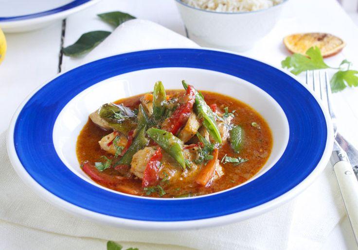 Thaigryte med kylling og red curry - Elin Larsen