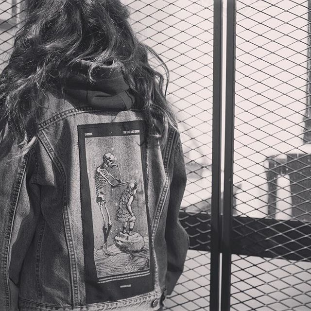 🖤THE LAST LOST CONTINENT🖤 . Back patch available on Etsy (link on bio) 🔝🔝🔝 . 📸 @drysty . . . . . #nuwanda #nuwandaestudio #screenprinting #screenprint #handmade #design #designers #original #serigrafia #madrid #tshirt #totebag #patch #hechoamano #ecologic #streetstyle #alternativefashion #madridfashion #tattoo #ladispute #patch #thelastlostcontinent #posthardcore #alternativegirl #merch #punk