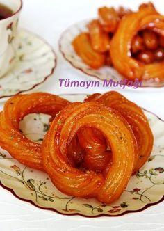 HALKA TATLISI; http://www.tumayinmutfagi.com/TarifYorum-1168-yemek-tarifleri_halka-tatlisi.htm
