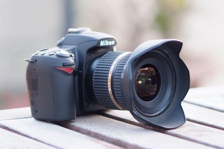 Loue objectif Tamron 10-24mm idéal pour les voyages et les grands paysages. Avec pare-soleil et bouchons.Bon état :)