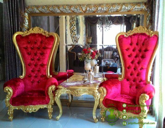 Kursi Model Tinggi Untuk Desain Interior Klasik http://furnitureinhome.com/kursi-model-tinggi-untuk-desain-interior-klasik/
