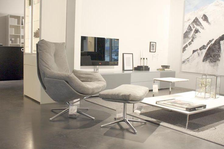 Für Genießer #Sessel Cordia #Lounge von #Cor #design #designmöbel #einrichtung #homestory #hygge #imwohnzimmer #brühl #innenarchitektur #inneneinrichtung #inspiration #interieur #interior #minimalistisch #leder #möbel #sessel #hocker #grau #schönhier  #bequem #kissen #style #wohnen #wohnideen #zuhause