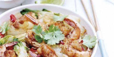 Thaise wok met garnalen, paksoi en noedels   Simply you