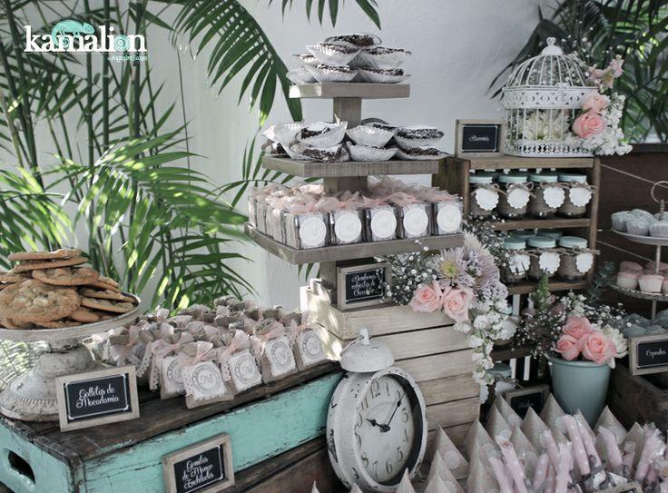 Mesa de dulces candy bar wedding for Decoracion bautizo en jardin