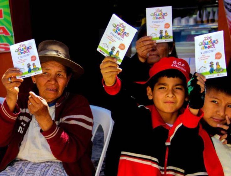 Programa social del Midis promueve aprendizaje de los derechos de la población adulta mayor. Lima, jul. 15.Con el propósito de sensibilizar e informar a los escolares sobre los derechos de los adultos mayores, especialmente los más vulnerables, el Programa Nacional de Asistencia Solidaria Pensión 65 presentó en nueve regiones el Concurso Nacional de Dibujo y …