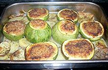 Stuffed zuccini with meat and parsley