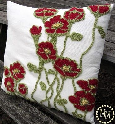 DIY pottery barn inspired pillow.....the poppies are perfect for my living room!!