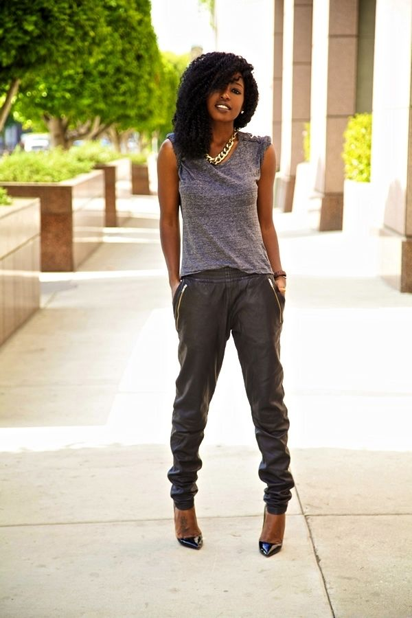 7 Reasons to Rock The Jogger Pant Trend ... | All Women Stalk